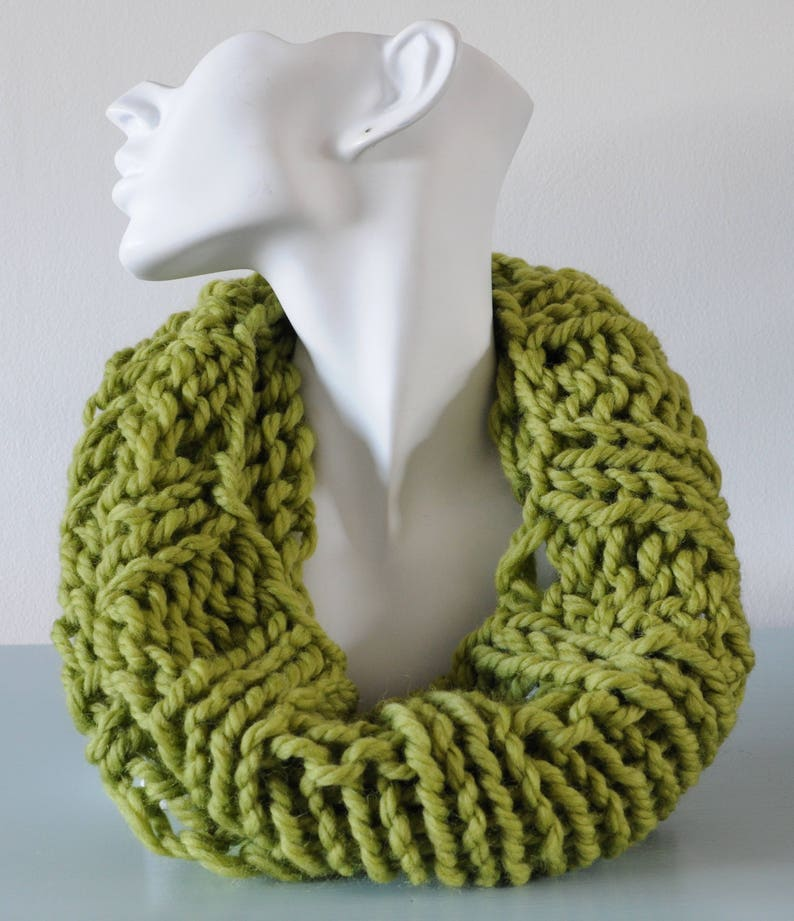 Pistachio Cowl  Light Green Infinity Scarf Reversible Chunky image 0