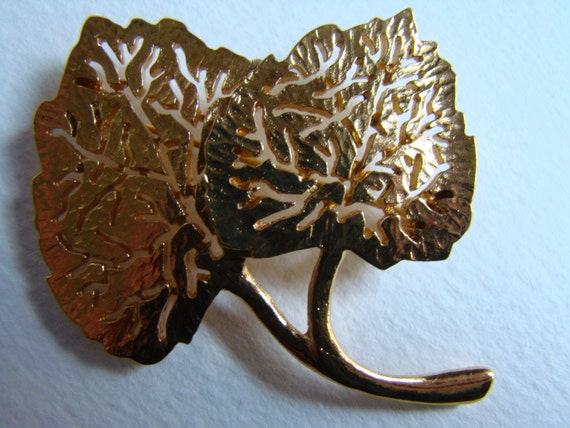 Claude Montana  imitating leaves  brooch