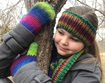Easy knitting pattern for winter accessories set - Wanette Winter Accessories - PDF knitting pattern