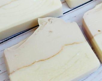 Tobacco & Bay Leaf Soap, Cold Process, Natural Soap, Moisturizing Skincare, Beauty, Pretty Minimalist Soaps, Handmade Luxury