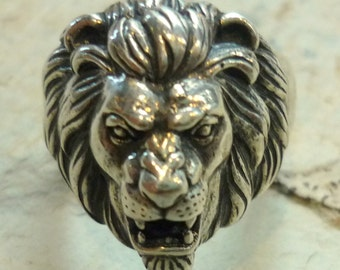 Sterling Silver Lion Ring, Animal Ring, Signet Lion Head Ring,Seal Silver Ring, Sculpture Ring, Silver Unisex Ring, Oxidized Silver Ring