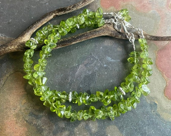 Peridot Bracelet in STERLING SILVER CLASP Green Peridot Chip Bracelet, August Peridot Bracelet,August Birthstone Bracelet, Peridot Bracelet,