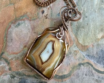 Druzy Agate Necklace,Wire Wrapped Druzy Agate Pendant in Copper, Statement Necklace, Black Druzy Agate Necklace, Druzy Jewelry