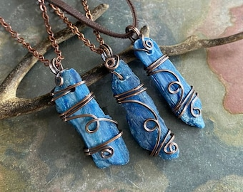 Kyanite Necklace, Wire Wrapped kyanite Necklace in Copper, Kyanite Healing Necklace, Kyanite in Copper Wire, Raw kyanite Pendant Necklace