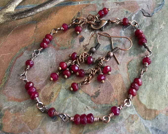 Garnet Bracelet,Garnet Earrings in Antiqued Copper,Wire Wrapped Garnet Bracelet & Earrings,January Birthstone Bracelet,Linked Garnet Jewelry