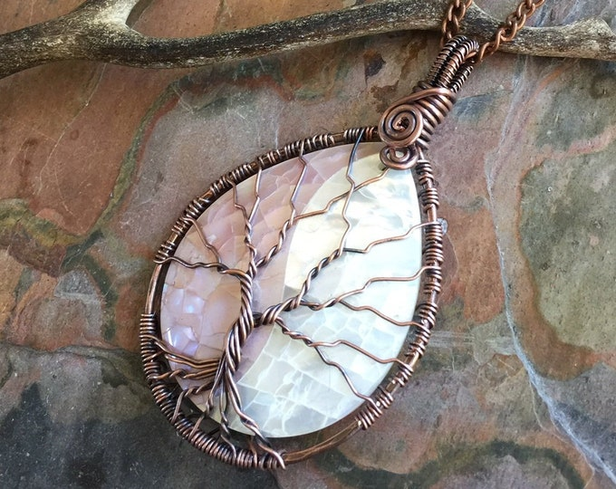 Mother of Pearl Necklace, Wire Wrapped Pink Mother of Pearl Shell Tree of Life Necklace in Copper ,Shell Necklace Jewelry, Pink Necklace,