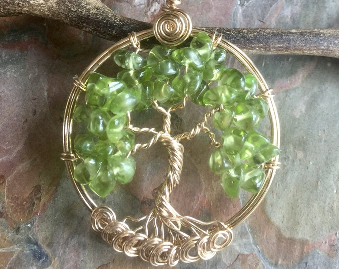 Gold Filled Tree of Life Necklace, Peridot Tree of life Necklace,Peridot Tree of Life Pendant,August Birthstone Tree of life,Green tree Life