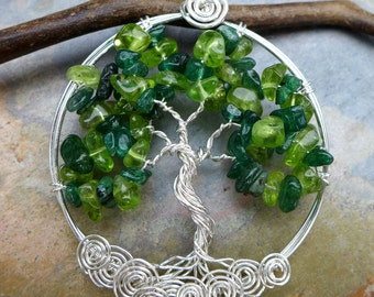 Peridot/Dark Jade Tree of Life Necklace, May and August Birthstone Tree of Life Necklace, Christmas Necklace, Peridot Necklace,Grandma Gift