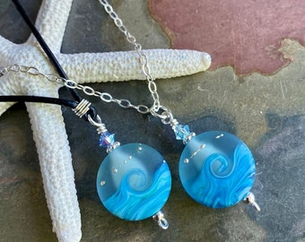 Ocean Wave Necklace in Leather,Ocean blue Beach Necklace,Blue Ocean Wave Necklace,Ocean Wave Lampwork Glass Necklace, Ocean Wave Necklace,