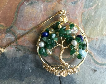 Holiday Brooch,Mothers Day Gift, Family Tree of Life Brooch,Lapel Pin-Family Tree Pin, Wire Wrapped Tree of life Brooch, Green Tree Brooch