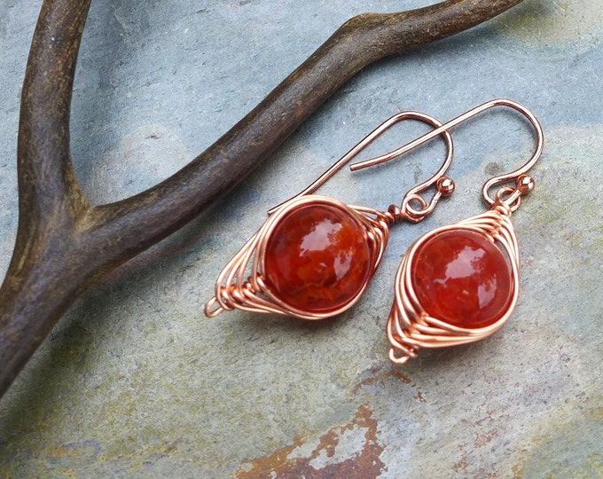Agate Earrings in Copper, Wire Wrapped Earrings, Orange Fire Agate Herringbone Dangle Earrings in Copper, Fire Agate Copper Earrings,