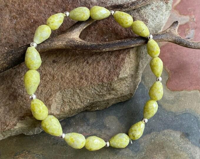 Peridot Bracelet,August Birthstone Bracelet, Peridot /Citrine Stretch Bracelet,Healing Peridot Adjustable Bracelet, Yoga Stretch Bracelet