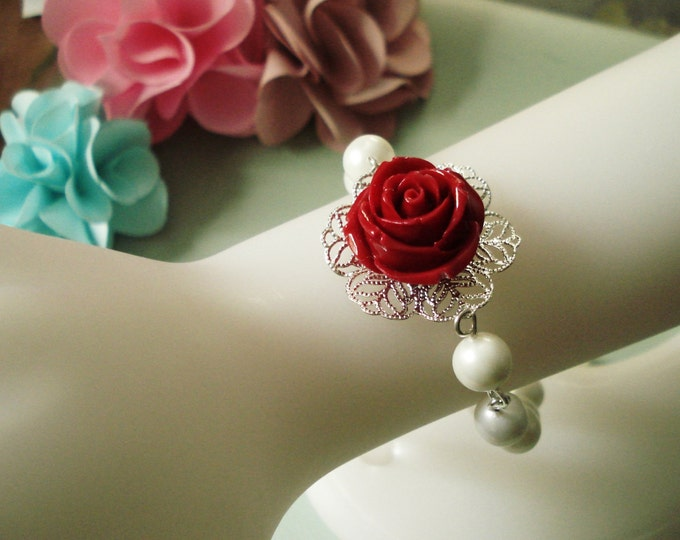 Red Rose Flower bracelet, Bridal Jewelry,Red Rose Pear  Bracelet ONLY, Valentine Bracelet,Botanical bracelet, Wedding Jewelry,Bridal Jewelry
