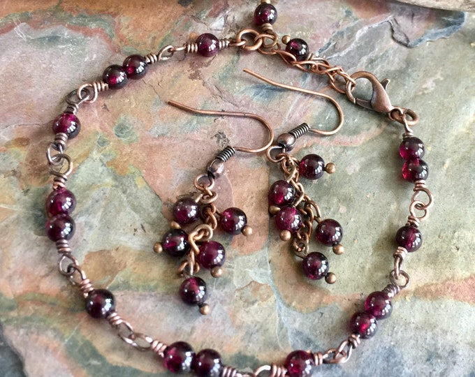 Garnet Bracelet,Linked Wrapped Genuine Garnet Gemstone Bracelet Copper,Garnet Earrings,January Birthstone Bracelet,Garnet Earrings in Copper