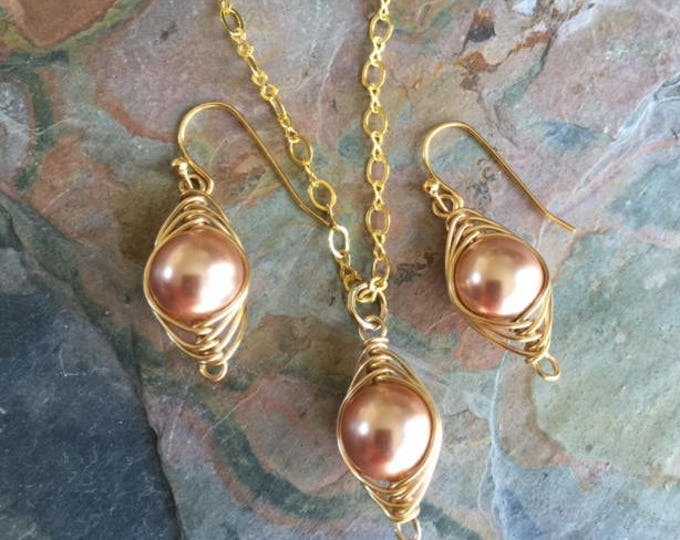Rose Gold Pearl Necklace,Wire Wrapped Cream/Ivory Pearl Gold Earrings,Rose gold Pearl Earrings,Bridal/Bridesmaid Pearl Earrings and Necklace