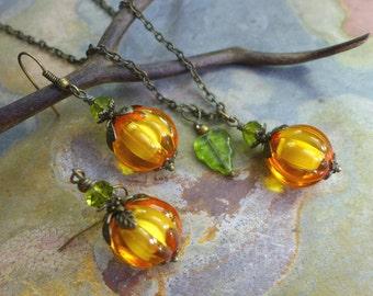 Orange Pumpkin Necklace and Earrings-Halloween Necklace and Earrings,Pumpkin Earrings, Fall/Autumn Harvest Pumpkin Jewelry, Pumpkin Necklace