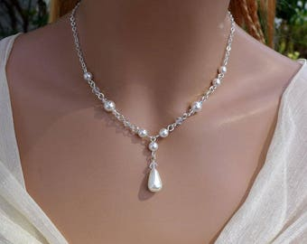 Bridesmaid Pearl Gift Necklace, Pearl Crystal drop Necklace in silver,Crystal Pearl Wedding Necklace, Pearl drop Earrings,Pearl and Crystal