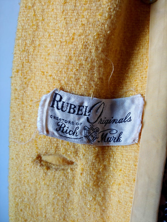 1960s Vintage Yellow Boucle Wool Princess Coat - image 5
