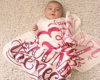 Swaddle -Baby Swaddle - I love you a bushel and a peck - Pink/purple - Organic cotton & fleece baby swaddle