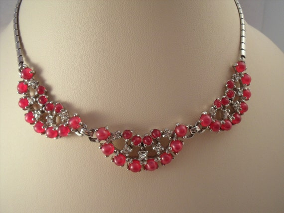 Moonglow and rhinestone raspberry scallop necklace