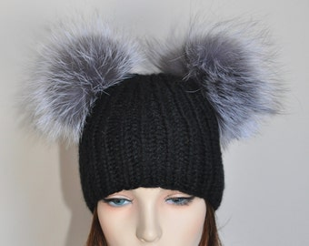 Double PomPom 100% CASHMERE Chunky Beanie Kylie Jenner Hat 2 Fur pompoms  Ribbed Beanie Black Hat Double Bobbles Black hat Christmas Gift c2645c6e8fa