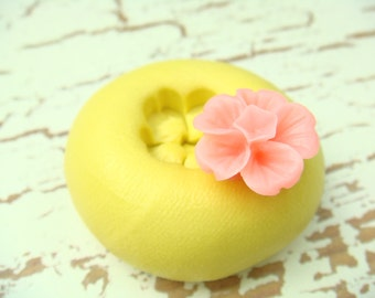 Itty Bitty Woodland Flower - Flexible Silicone Mold - Push Mold, Jewelry Mold, Polymer Clay Mold, Resin Mold, Craft Mold, PMC Mold