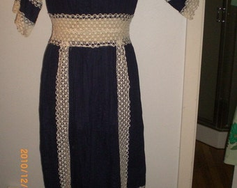 dff35333198 1960s French country Peasant dress