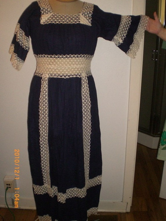 1960s French country Peasant dress