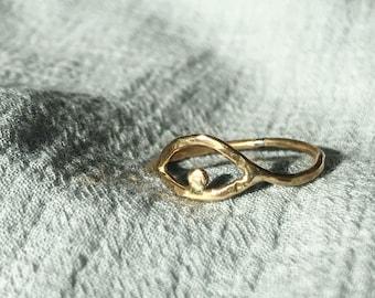 M I N D S E Y E~~ Hand forged Simple Eye Brass Ring
