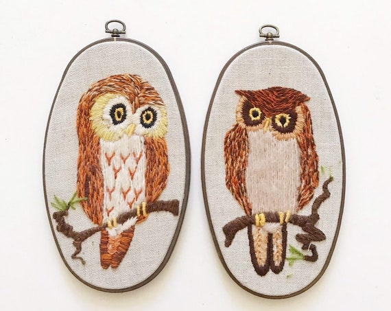 set of 2 vintage crewel owl picture / bird oval wall hanging art work / tapestry