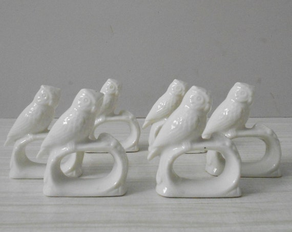 vintage set of 4 porcelain white owl napkin ring holders / kitchen