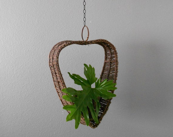 RESERVED Mary || large woven heart wicker hanging basket planter / hanging flower pot