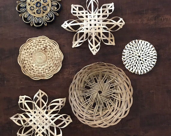 set of 6 woven wicker rattan star seashell trivets wall hanging baskets | modern farmhouse decor