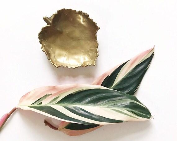 gold meta faux brass leaf shaped dish plate sculpture / hollywood regency bowl business cardholder