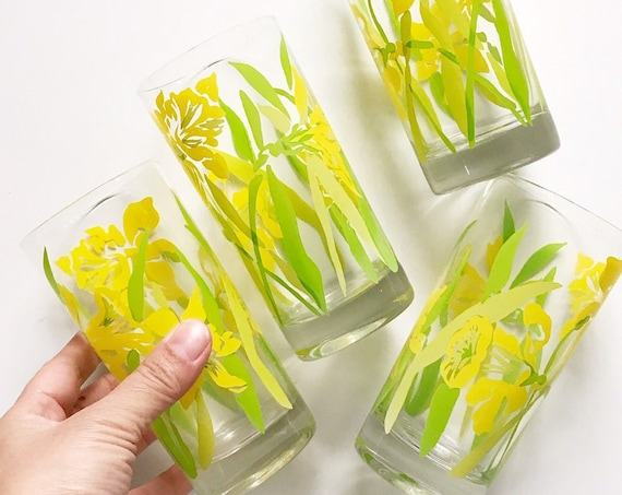 retro yellow daffodil flower drink glasses | set of 4 juice glass
