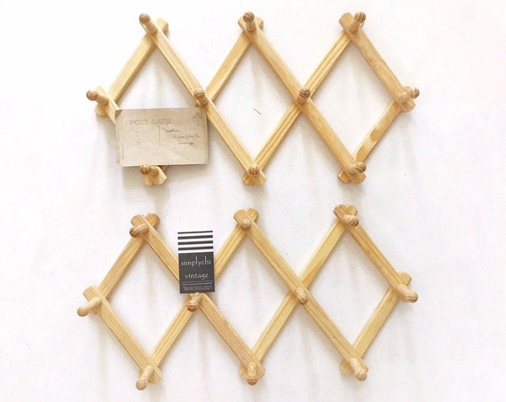 set of 2 regular size wood accordion peg wall hanging rack / hat display storage organizer