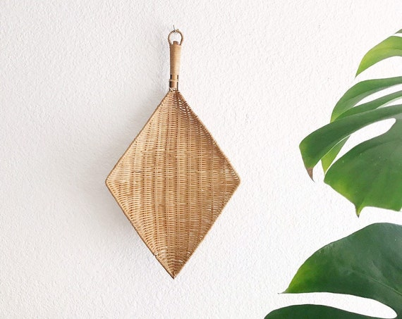 wall hanging geometric diamond wicker basket ladle   boho home decor