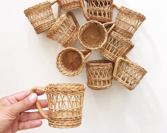 vintage set of 6 wicker rattan glass mug set / coffee mug / cup holders / inserts