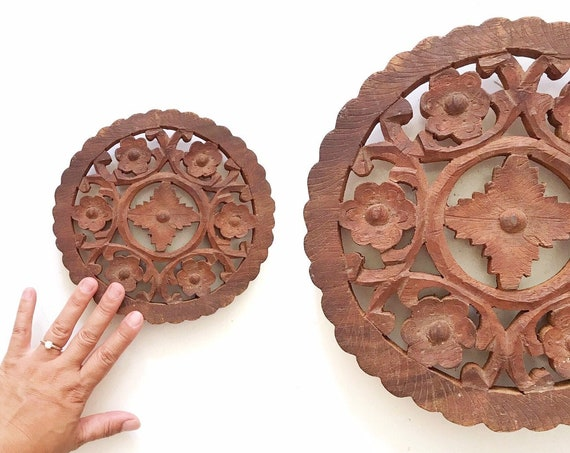 boho hand carved wooden trivet with floral carvings   hot plate coaster