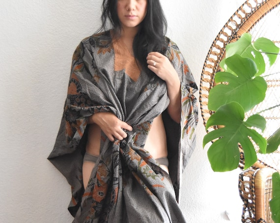 vintage oriental kimino style summer linen dress / beach dress / wrap