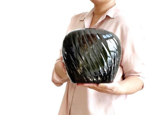 art deco 80s modern haeger black ceramic pottery flower vase