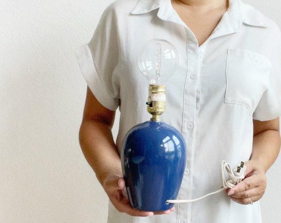 80s revival navy blue ceramic table lamp