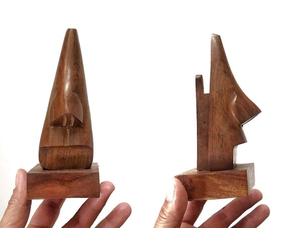 funky carved wooden nose sculpture eye glass storage holder \ sunglass display