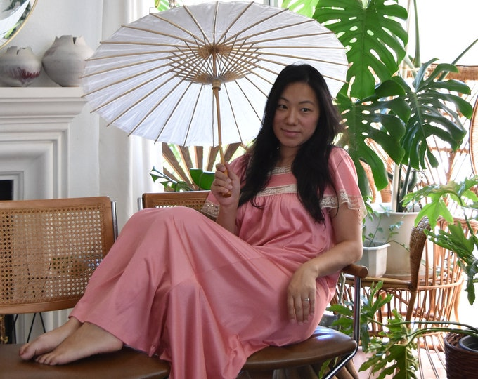 vintage long sheer pink lace women's night gown / sleep wear top