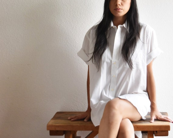 women's preppy white button up boyfriend shirt blouse | medium