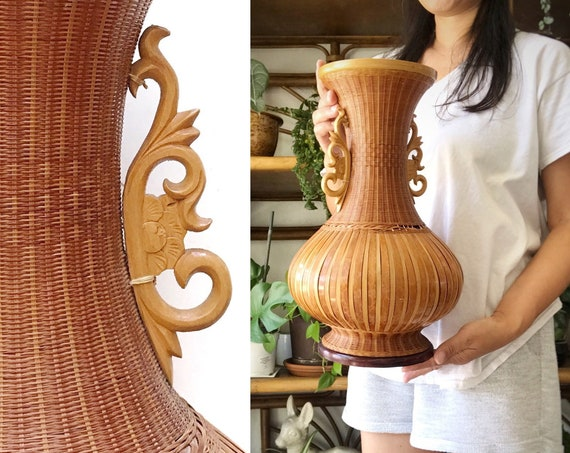 "15"" Chinese tall woven rattan flower vase with carved handles 