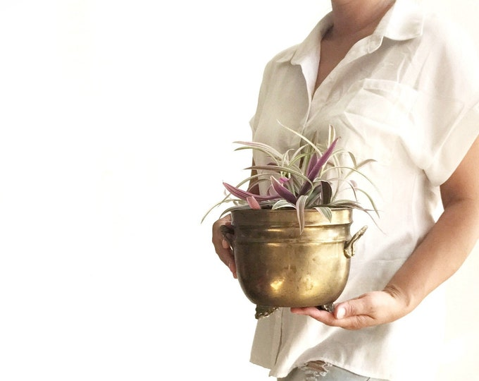 footed decorative indoor brass planter with handles | hollywood regency flower pot