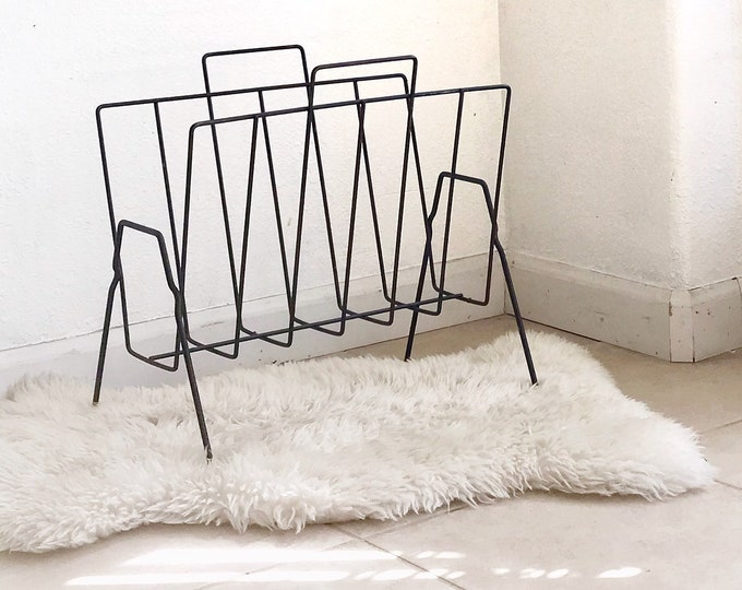 vintage metal black wire book holder | storage file
