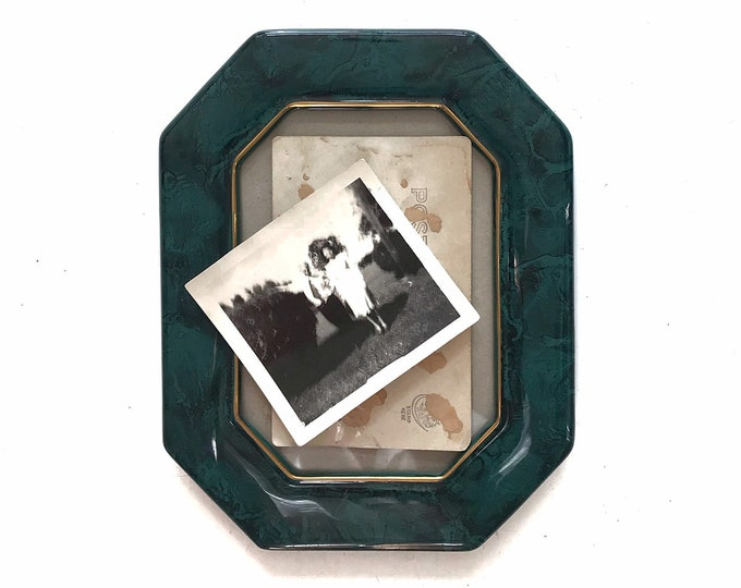 vintage 5 x 7 solid brass rectangular picture frame / standing easel / 1 single small frame