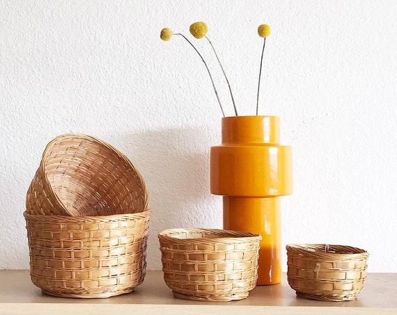 set of 4 woven rattan basket planter flower pots / plant holders